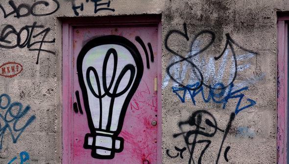 gluehbirne-grafitti